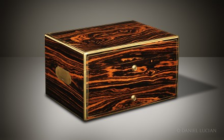 Antique Dressing Case In Calamander With Silver Gilt