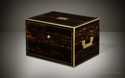 Antique Jewellery Box in Coromandel with Cantilever Mechanism, by Toulmin & Gale